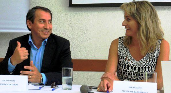 Luciano Pinto e Simone Leite na abertura do encontro - Fotos: Itamar Aguiar