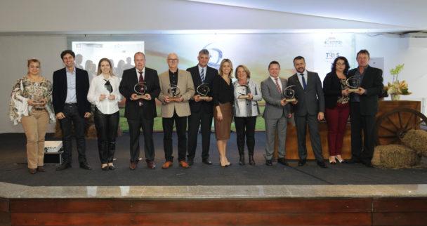30/08/2017 - Esteio, RS - Tá na mesa - 5º Prêmio Vencedores do Agronegócio, Troféu Três Porteiras - FEDERASUL - (Federação de entidades empresariais do RS) . Foto: Itamar Aguiar/Agência Freelancer.